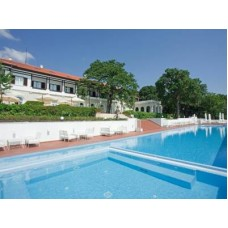 Бутик Хотел Оазис -  разположен  на самия морски бряг във Ваканционен клуб Ривиера